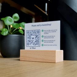 Obur QR code table display